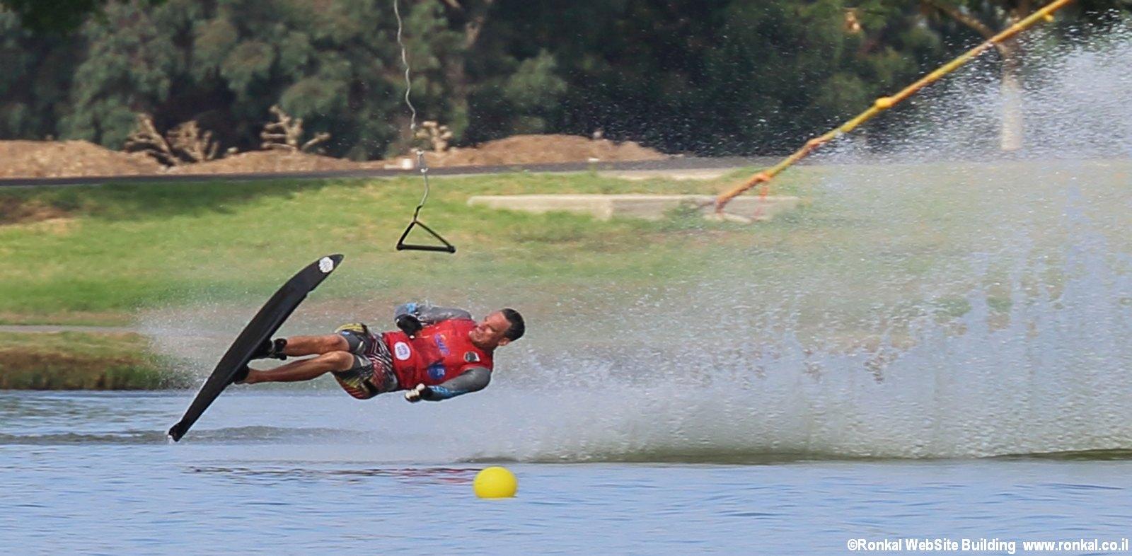 תחרות סקי מים בכבלים פארק דרום תל אביב