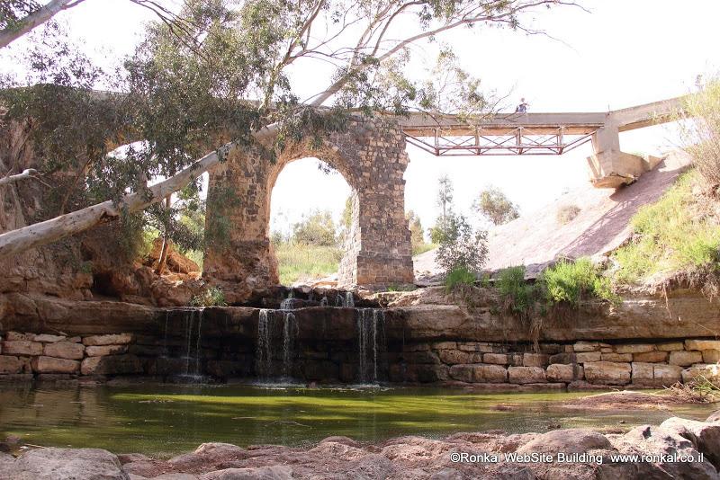 גשר קנטרה על נחל חרוד