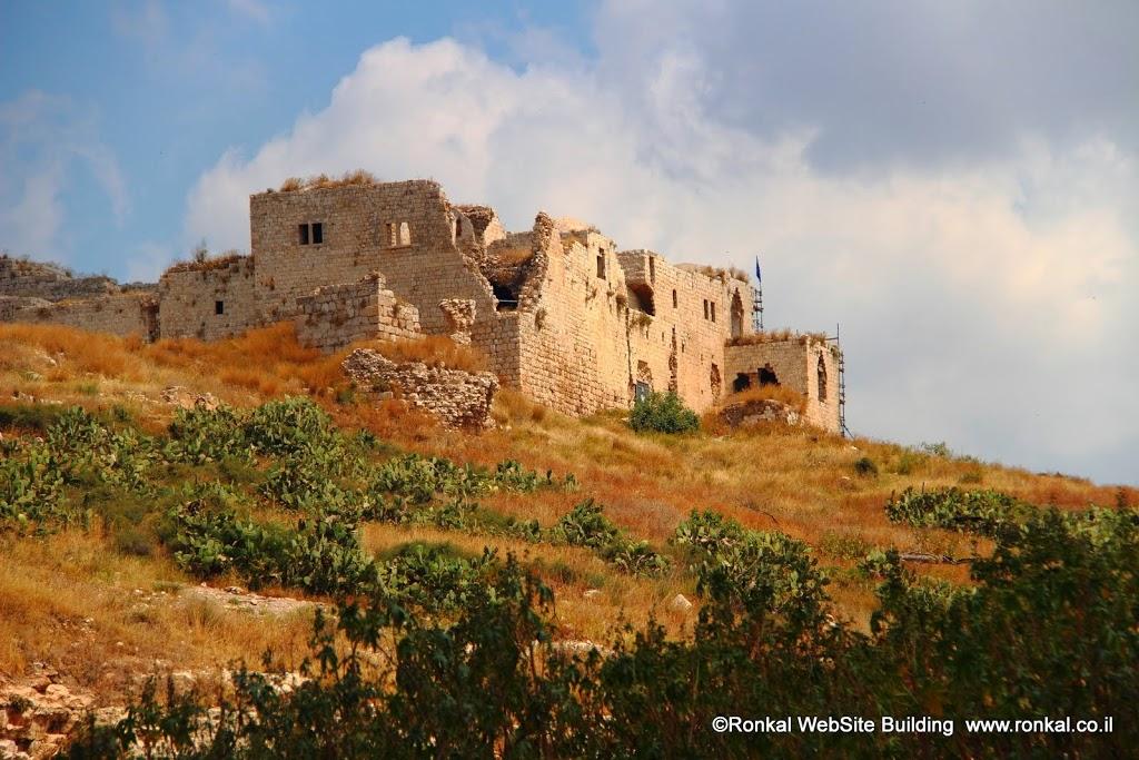 מגדל צדק, מבצר צלבני